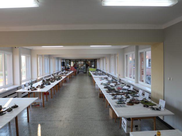 Pierwsza sala wystawowa w niedzielę rano